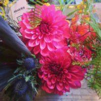 美容院オープンアレンジメント 4646農園は富山市粟島のフラワーショップお花屋さんです